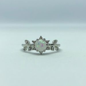 Jewelry - Floral White Fire Opal Silver Ring Size 7